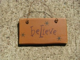 1004B - Believe mini wood sign