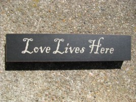 31423LLH Love Lives Here wood Block