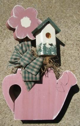 782BD - Daisy wood Birdhouse - Teapot