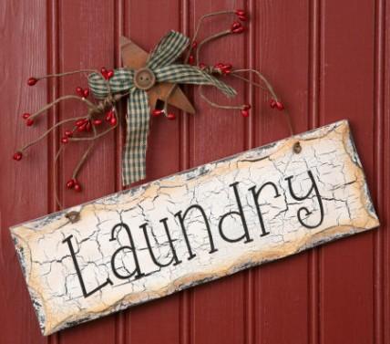 Primiitve Crackled Laundry Sign 8W1085- Laundry