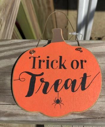 GJHF7063TT - Trick or Treat Wood Pumpkin