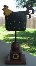 Primitive Rooster on Stand GF110- Black Rooster