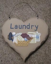HP18 - Laundry wood heart