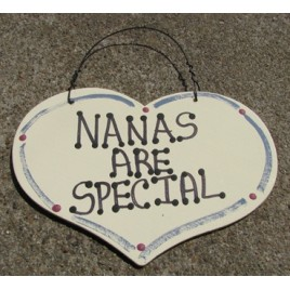 1001 - Nanas Are Special wood heart