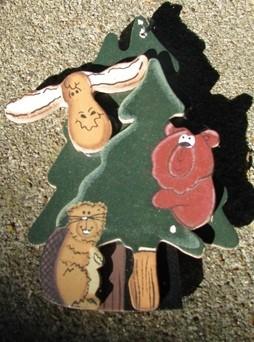 Wood Christmas Ornament wd1075 - Tree w/moose bear chipmunk