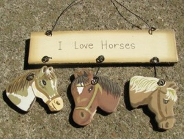 wd1239 - I Love Horses Wood Sign